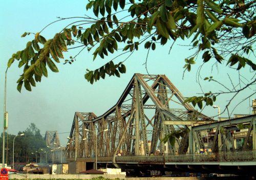 Pont Long Bien (anciennement Pont Paul Doumer), le plus ancien de Hanoï (1902)
