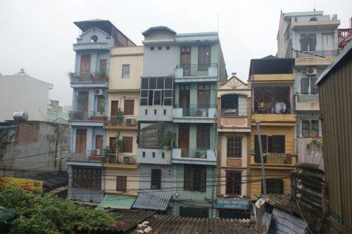 Maisons tubes à Hanoï