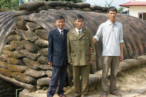 Des vétérans à Dien Bien Phu en 2012