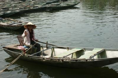 Embarcadère à Tam Coc, la baie d'Ha Long terrestre