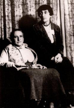 Gertrude Stein (1874-1946) et Alice B. Toklas (1877-1967)
