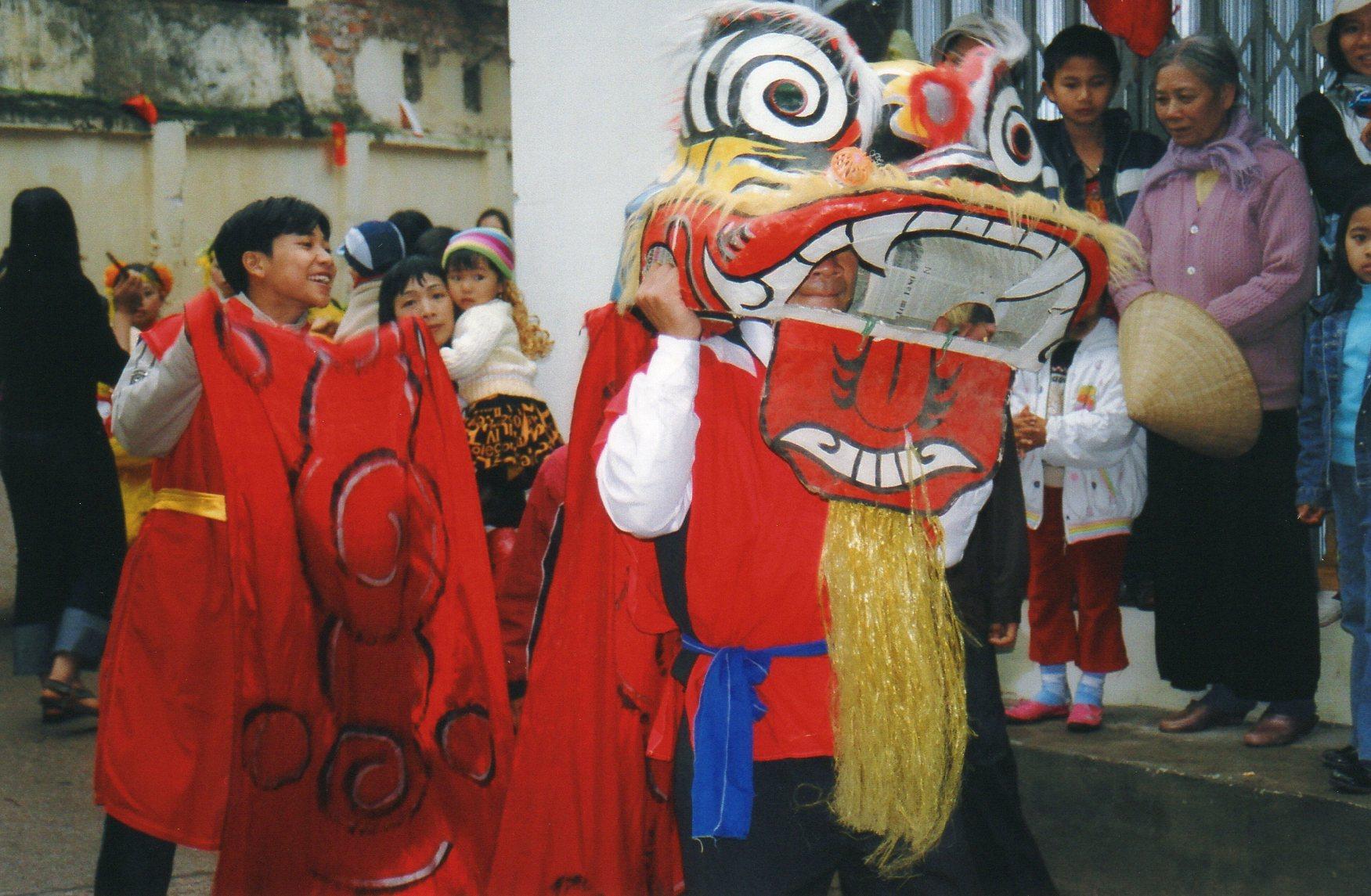 Fête du village de Tai Mo, le village natal de Diep 2000