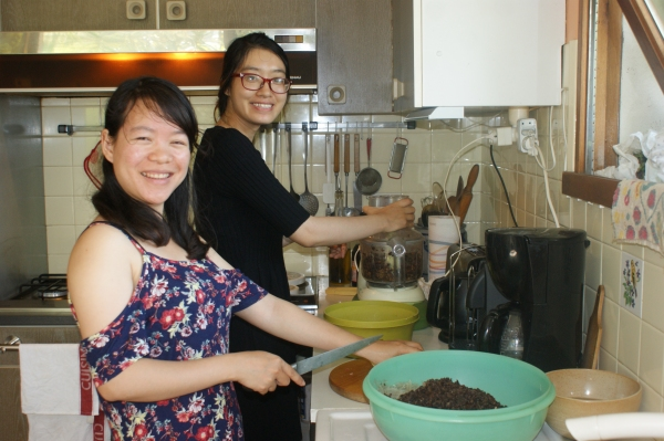 Préparatifs pour le repas vietnamien