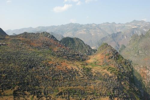 Ciel rouge - Plateau aride de Dong Van