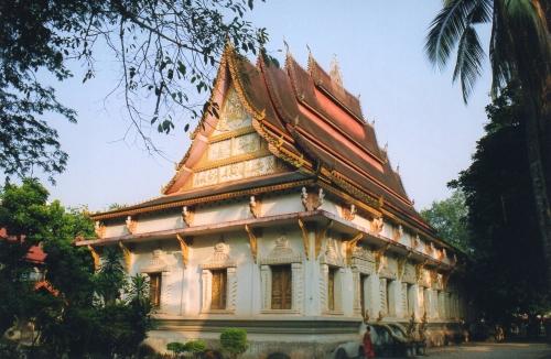 Laos - Toit à cinq pans