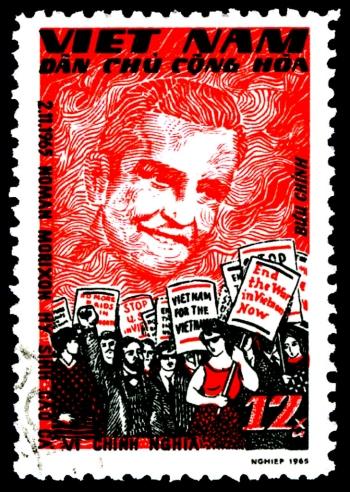 Loin du Vietnam - Morrison-Vietnam-Stamp