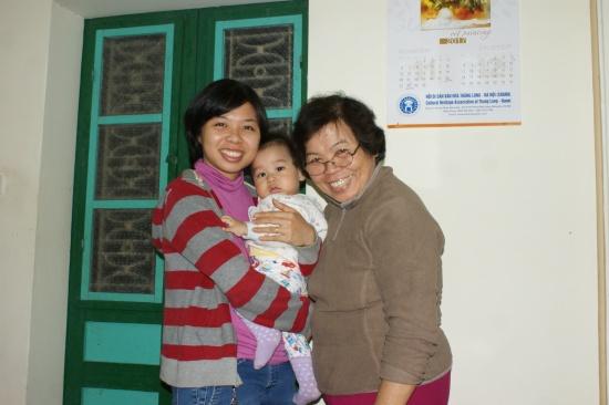 Anh Tu 2014, son fils et sa mère
