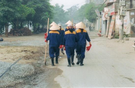 Bataillon de balayeuses de rue, un matin