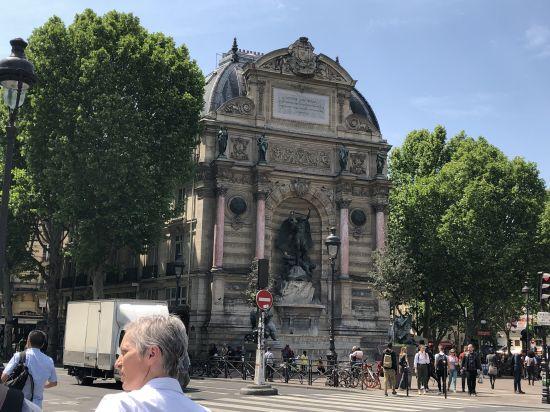 La Fontaine Saint-Michel