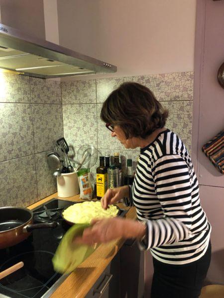 Sylvie et sa tarte aux pommes