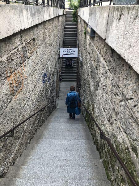 ers les vedettes du Pont-Neuf