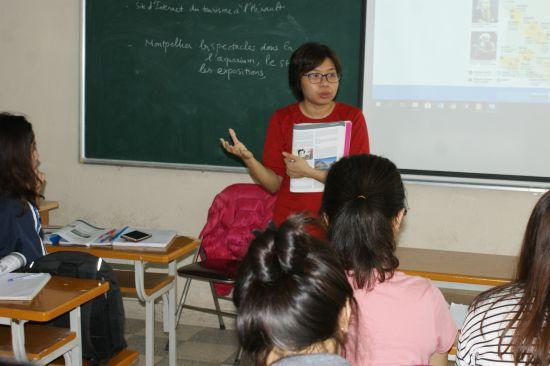 Anh Tu dans sa classe de 2ème année