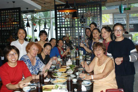 Repas d'accueil à Pho Ngôn