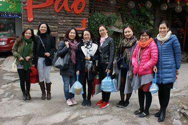 De gauche à droite, Yen, Bich, Canh Linh, Phuong Lan, Thu Ha, Anh Tu et Minh Phuong
