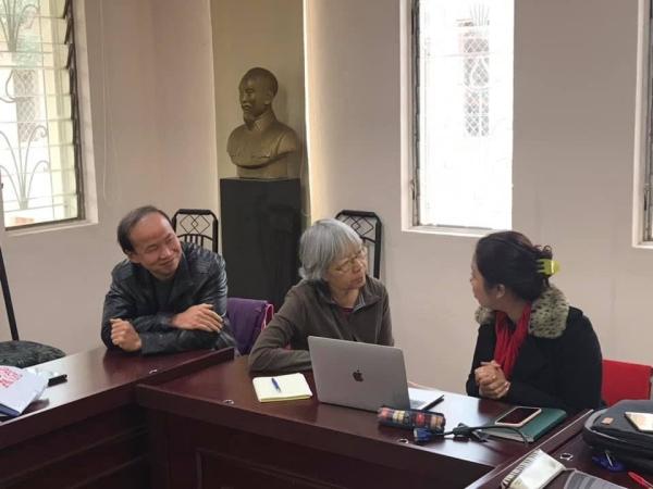 Mai échange avec Thu Ha, « cheffe » du groupe Economie-Secrétariat