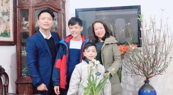 Ngoc-Lan-son-mari-et-ses-fils