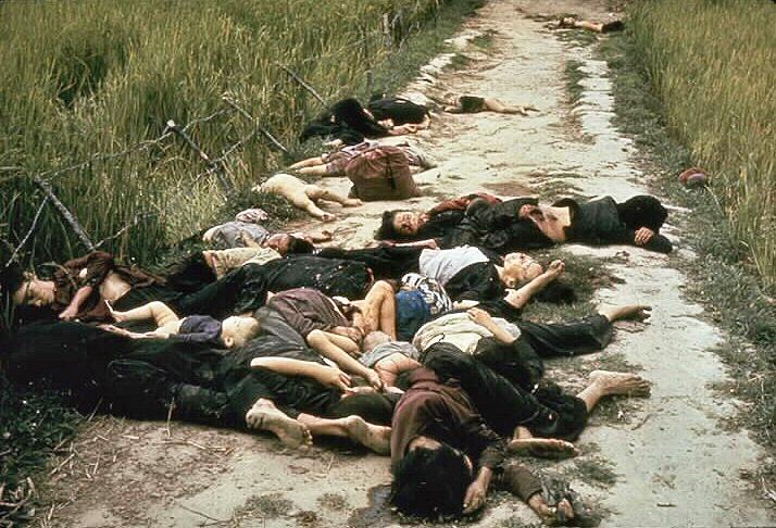 Le massacre de Mỹ Lai, 16 mars 1968 : entre 347 et 504 morts civils