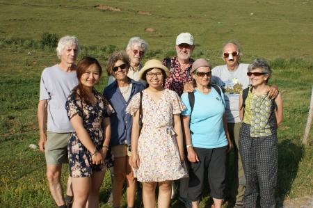 Thu Ha est notre dernière Préfassienne, à gauche sur cette photo prise chez Christian et Linda en juillet 2019.